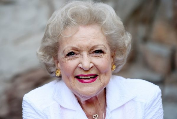 Betty White, Greek
